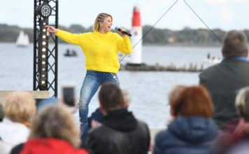 ZDF-Fernsehgarten on Tour Beatrice Egli