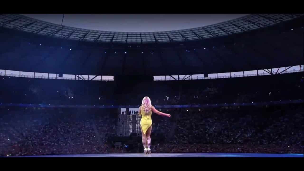 wann kommt die helene fischer dvd zur stadion tournee 2018. Black Bedroom Furniture Sets. Home Design Ideas